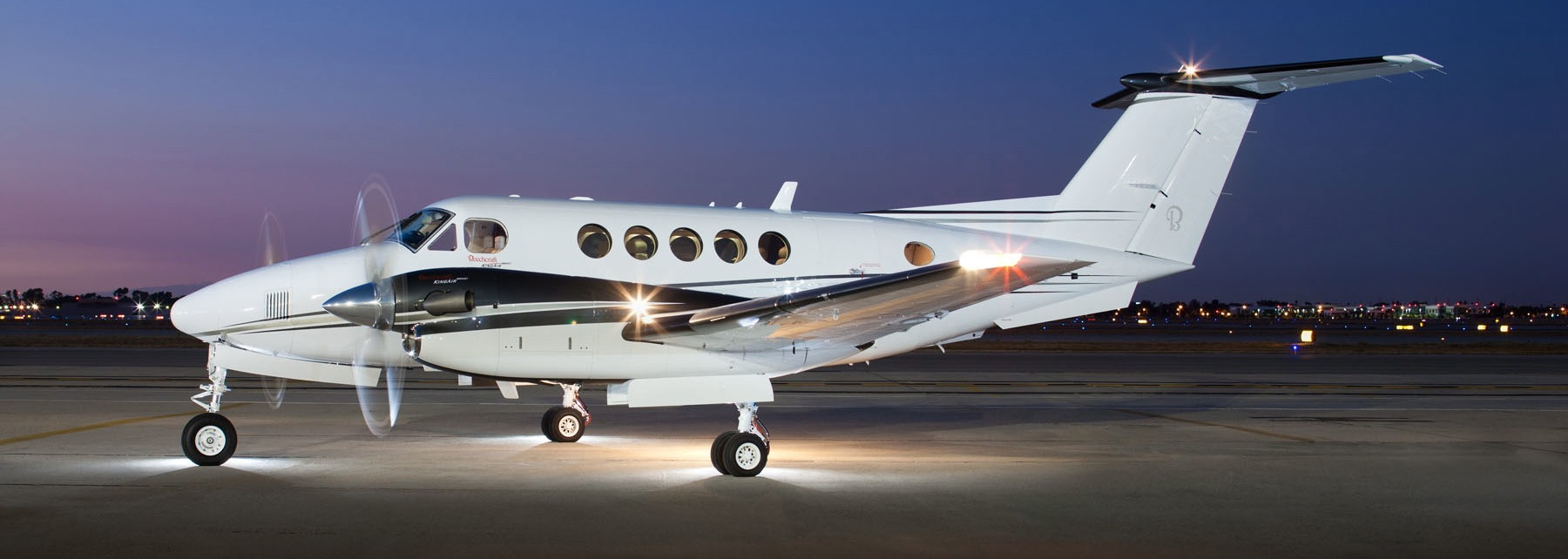 Private Jet Quote Private Jet Charters  Get Quotes 18009652567  King Air B200