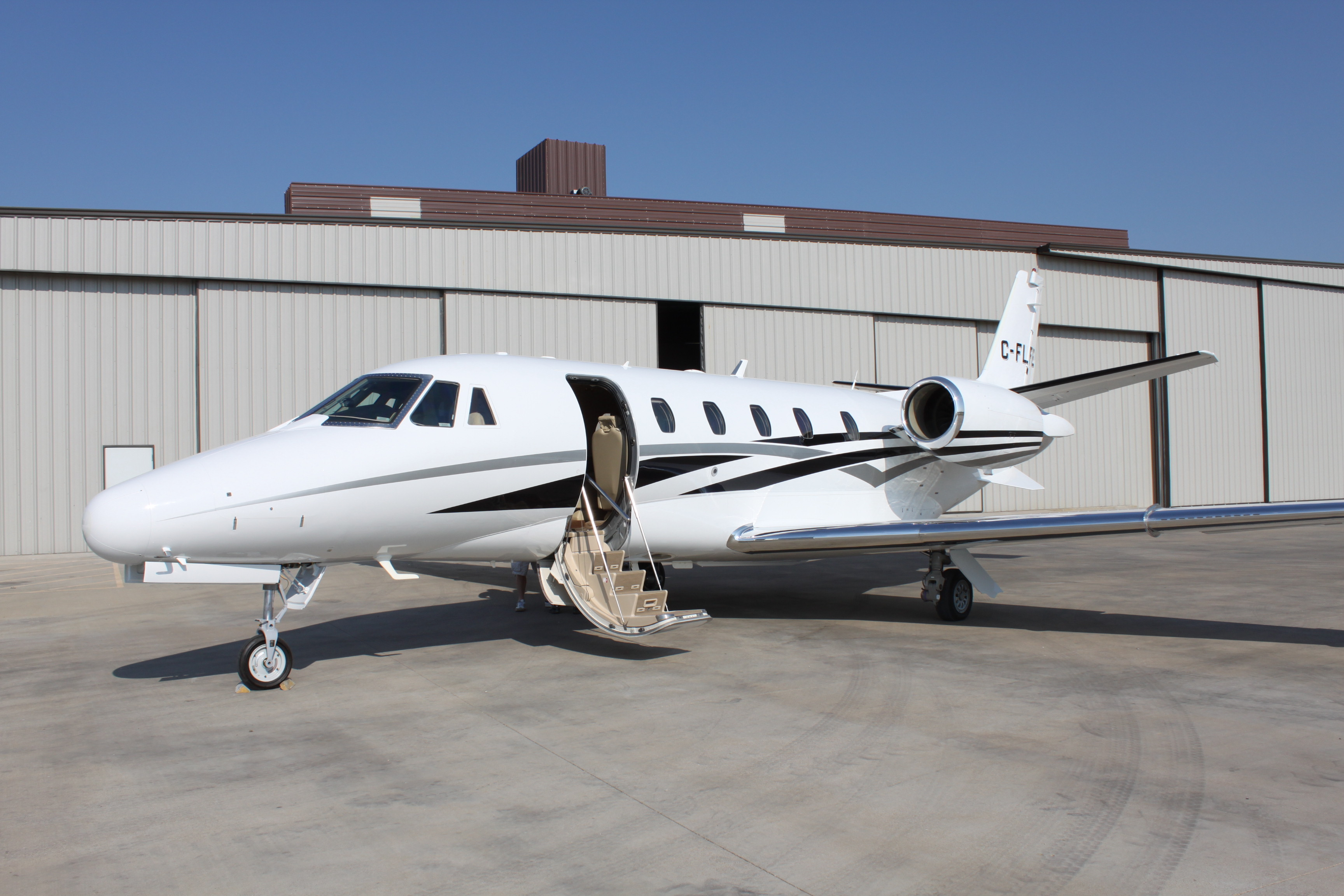 Success Citaten Xl : Private jet charters get quotes